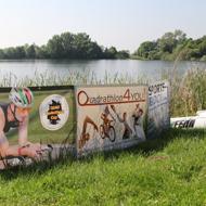 Ein kleiner idyllischer See <wartete auf die Athleten...