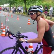 Laura Jansen kommt vom Rad